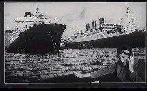 Agnès Varda - Une minute pour une image - 1983 - photogramme - photo de Jacques-Henri Lartigue (Bibi à Marseille, 1928)