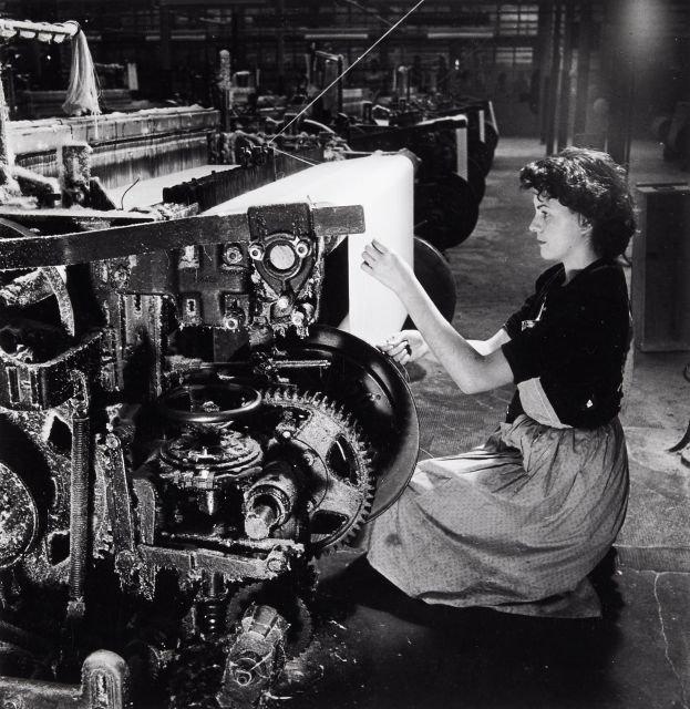 22 RONIS Willy - Ouvrières dans l'industrie textile - 1950
